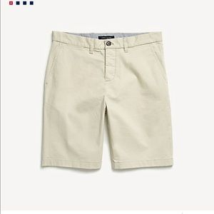 tommy hilfiger tan shorts